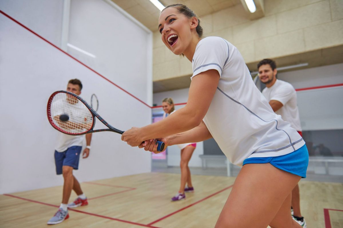 estudiantes jugando a Squash, residencia universitaria en malaga, Rut