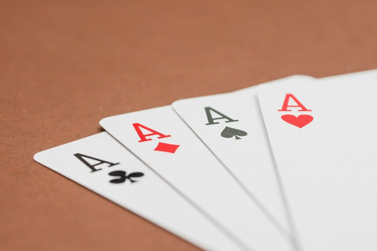 cartas torneo de poker, residencia universitaria en malaga, Rut